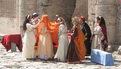 Weddings in Ancient Rome and today